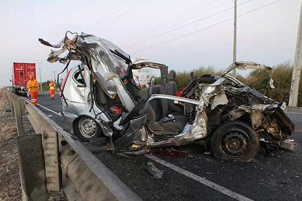 Tres muertos en accidente carretero